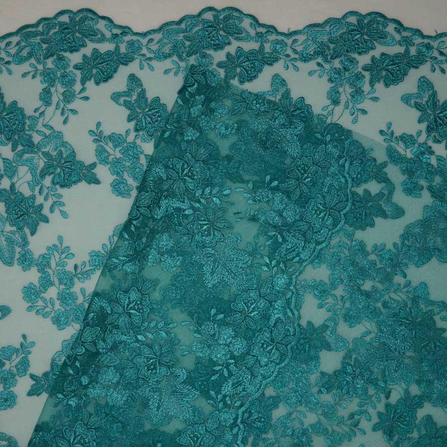 Pizzo ricamato con macramè – verde tiffany – TAGLIO 1,35 MT