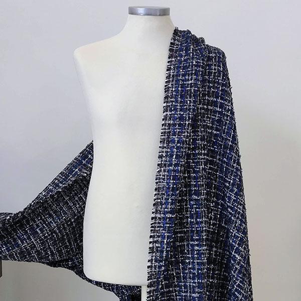 Tweed bouclè e nastri toni blu